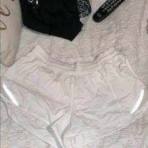 Lululemon hot toddy shorts size 6